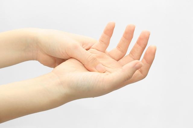 しびれ 手指